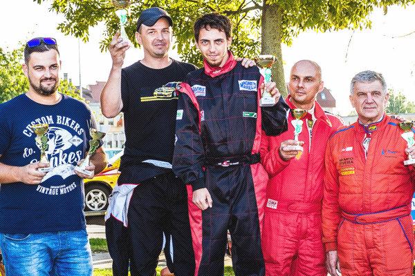 Na treťom mieste skončilo duo Ladislav Mokran – Július Kováč (vpravo v červenom).