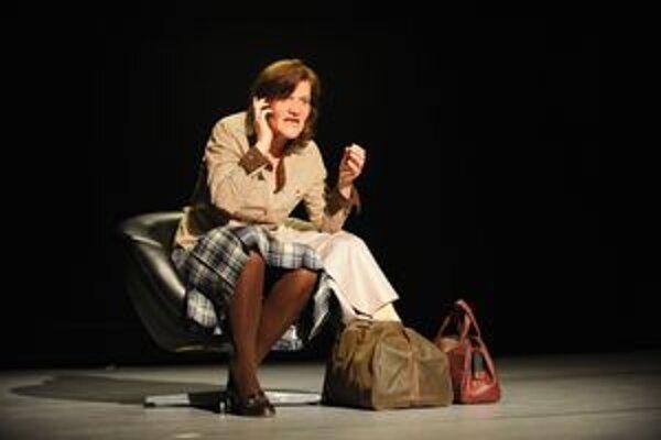 Jana Oľhová. Získala Divadelné dosky za najlepší herecký výkon v postave Sary  v inscenácii MD v Žiline Mobil.