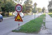 Ulica kpt. Nálepku v Leviciach.