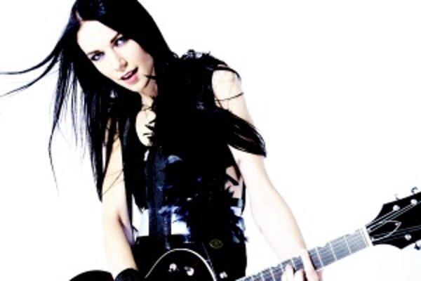 Zuzana Smatanová. Mladá speváčka je spätá s Turčianskymi Teplicami.