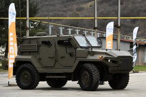 Stredne obrenené kolesové bojové vozidlo KBV-12 Patriot na podvozku Tatra Force 4x4.