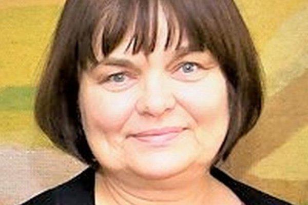 Zuzana Kusá je samostatná vedecká pracovníčka, pracuje vSociologickom ústave SAV. Zaoberá sa otázkami solidarity aspoločenskej súdržnosti. ⋌