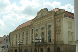 Trnavské divadlo začína s premiérou hry Neprebudený.