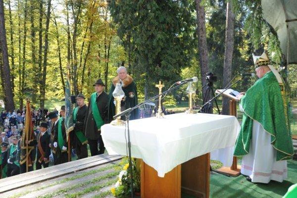 Do Oščadnice na Dni svätého Huberta prišiel aj nitriansky biskup, rodák z Kysúc, Viliam Judák.