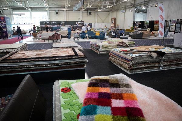 Expozícia 23. medzinárodného veľtrhu nábytku.