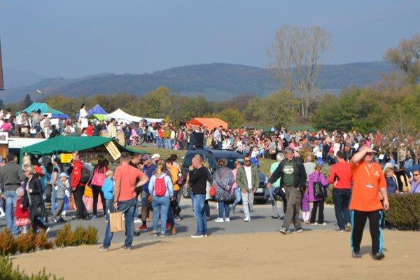 Rozlúčku s pastierskou sezónou si nenechali ujsť stovky ľudí z rôznych kútov Slovenska.
