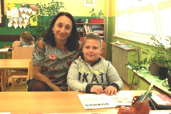 Marco a jeho triedna učiteľka.