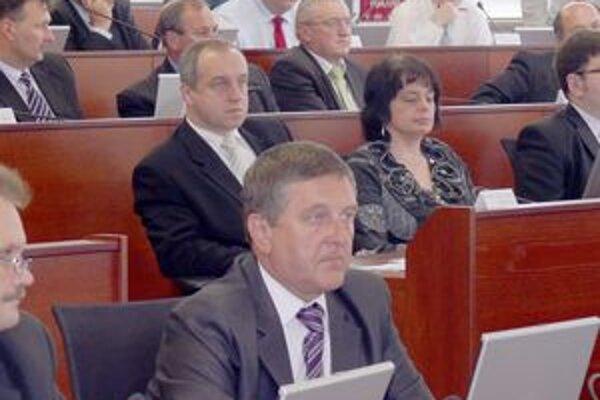 Primátor Karol  Janas bol  po zasadnutí spokojný, rovnako aj ostatní poslanci z Považskej Bystrice.