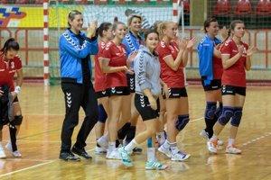 Hádzanárky Senice nemajú po návrate v 2. lige konkurenciu a mieria za postupuom.