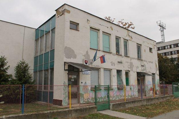 Až 940-tisíc eur pôjde na rekonštrukciu Materskej školy Pri polícii.