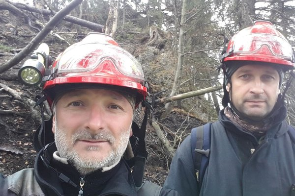 Dobrovoľní hasiči zBlatnice – Ján Ferenčík (vľavo) aMartin Fillo. ARCHÍV DHZ BLATNICA