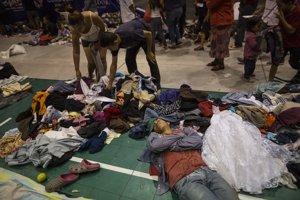 Migranti tvrdia, že utekajú pred prenasledovaním, chudobou a násilím.
