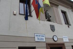Volebná miestnosť v Tajove.