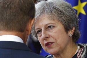 Ešte než bude parlament schvaľovať brexitovú dohodu, bude mať k dispozícii názory právnych expertov, ktoré premiérka Theresa Mayová dostala počas procesu vyjednávania.
