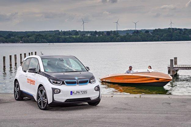 BMW i3 a elektrický čln Torqueedo spája použitá technológia.