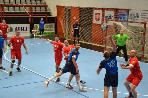 Pov. Bystrica (v červenom) získala dôležité body.