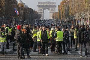 Francúzi protestovali proti zvyšovaniu daní, životných nákladov a ceny palív