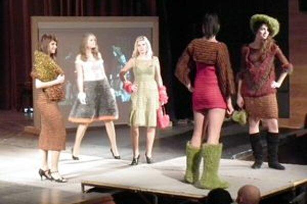 Pre divákov boli určite inšpirujúce aj modely z autorskej kolekcie Andrey Lachovej.