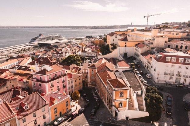 Jeden z mnohých výhľadov v Lisabone