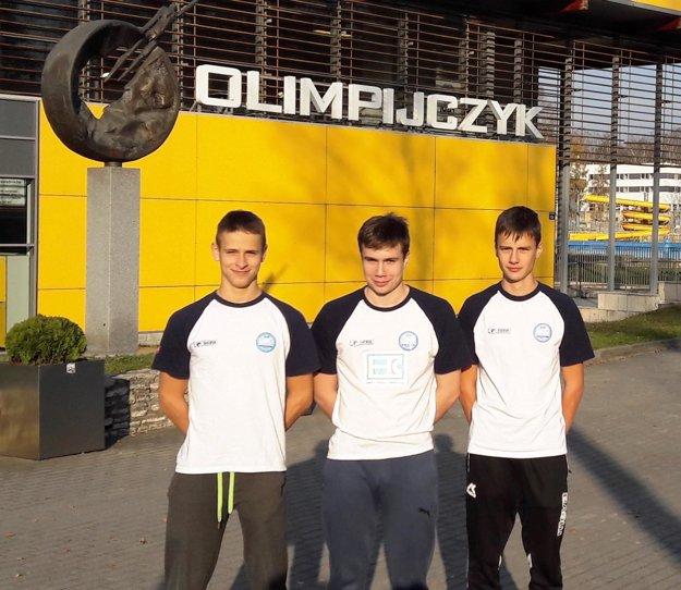 V Gliwiciach KVŠ Barakuda Šaľa reprezentovali (zľava) JakubKozmer, Jakub Petrák a Gergö Szarka.