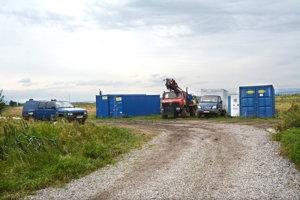 V máji prebiehal na pozemkoch pri obci Haniska geologický prieskum pred výstavbou priemyselného parku.