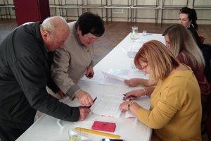 Po štyroch rokoch sme si opäť volili nových zástupcov na čele obcí a miest.