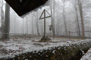 Jeden z cintorínov z prvej svetovej vojny, ktorý sa nachádza v slovensko-poľskom pohraničí v katastri obce Čertižné.