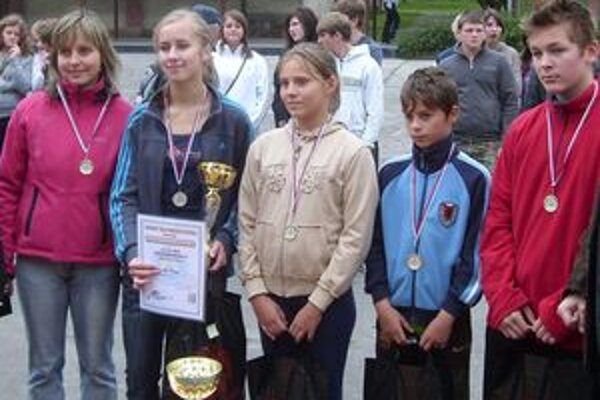 Na súťaži si najlepšie počínalo družstvo z Lednických Rovní.