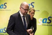 Na snímke predseda SaS Rochrad Sulík a podpredsedníčka Jana Kiššová.
