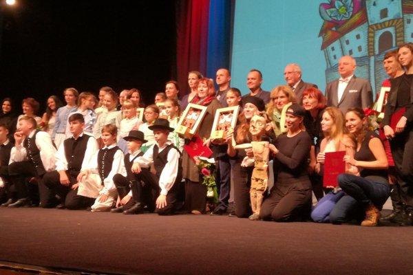 Ocenenie Tvorivý čin roka udelili v desiatich kategóriách.
