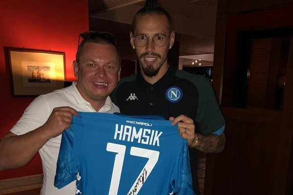 Aj tento dres Mareka Hamšíka môžete vyhrať vtombole.
