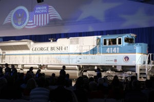Lokomotíva 4141 vyrobená na počesť Georgea H.W. Busha.