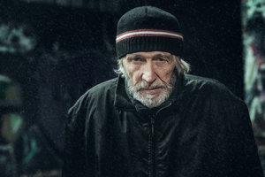 Chladné počasie každoročne v Bratislave trápi viac ako 5000 ľudí bez domova.