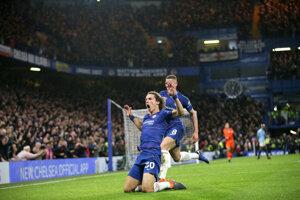 David Luiz sa raduje zo svojho gólu.