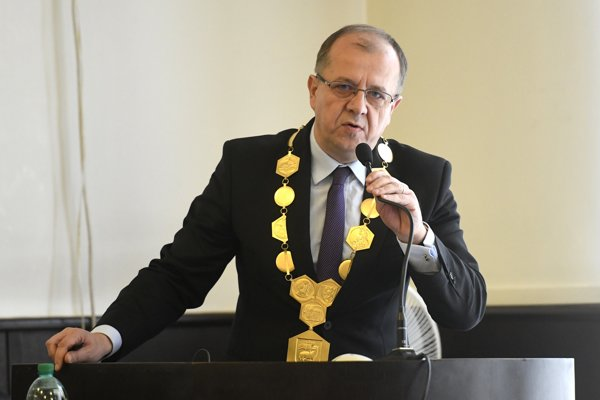 Primátor Trenčína Richard Rybníček.