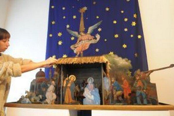 Betlehem vyobrazuje scénu narodenia Ježiška podľa biblických záznamov.