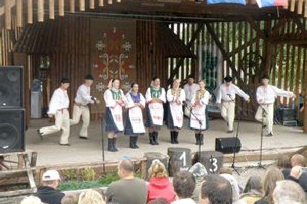 Menej financií sa ujde aj folklórnemu festivalu.