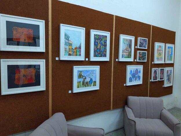 Vydražilo sa 50 umeleckých diel detí.
