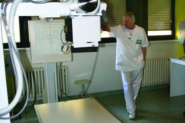 Zröntgenovať môžu aj imobilného pacienta ležiaceho na posteli. Väčšinu zaplatil Žilinský samosprávny kraj, na zvyšok si zobrala nemocnica úver.