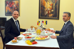Polaček a Trnka si spolu dali raňajky.