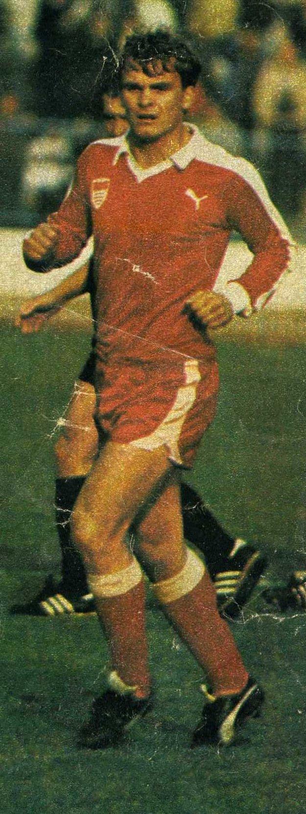 Hrával aj v Dukle Banská Bystrica.