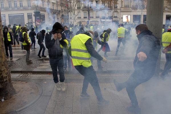 Protesty vo Francúzsku.