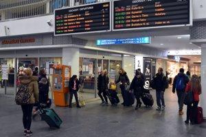Železnice pridajú pred sviatkami vlaky.