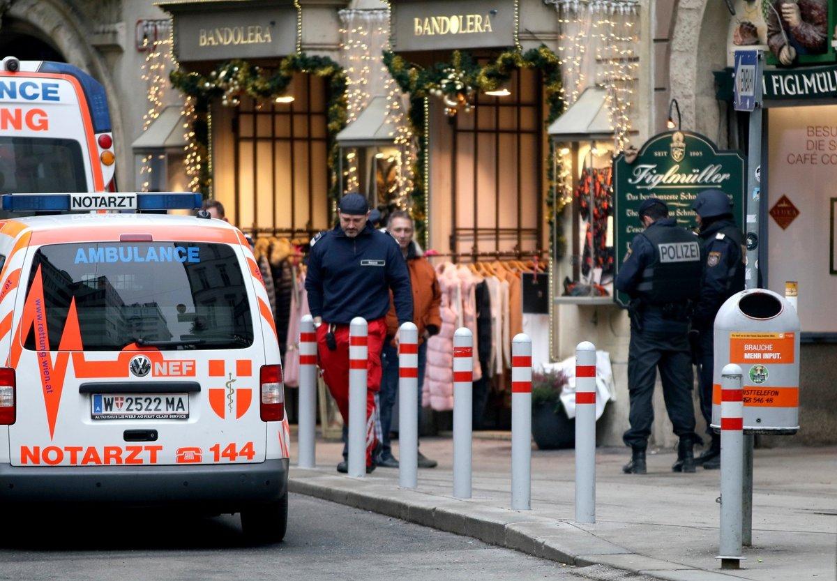 6392acb49f22 Streľba v centre Viedne si vyžiadala jednu obeť - Svet SME