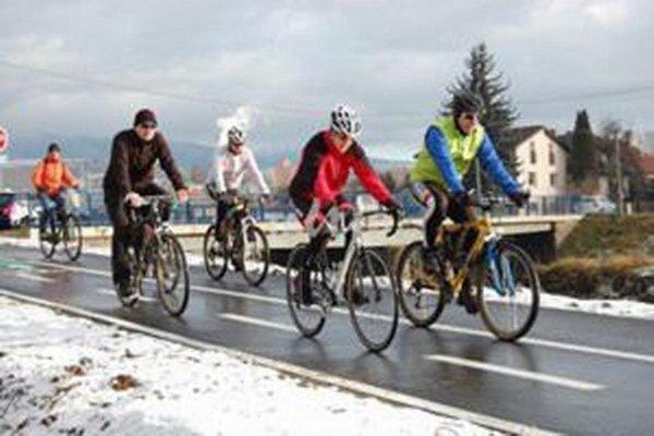 Cyklochodník môžu v zime využívať aj bežkári.
