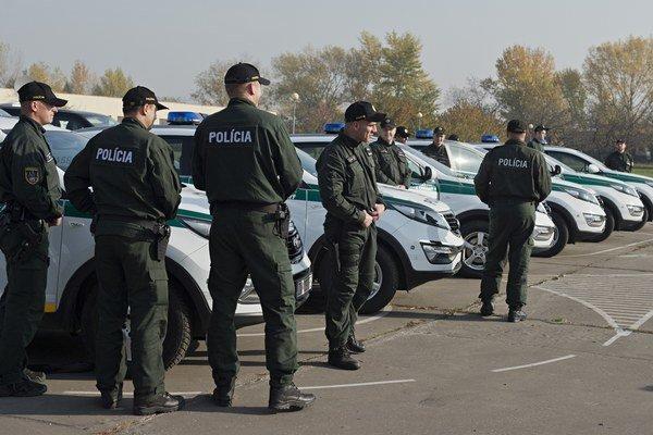 Mikulášskym policajtom zrejme pokuta nevadí.