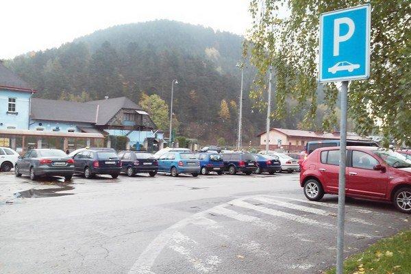 Čoskoro pribudne parkovací automat.