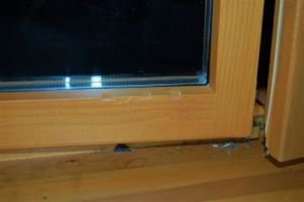 Zlodeji vniknú dovnútra aj cez okno.