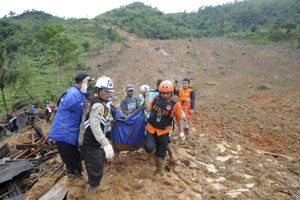 Záchranná a pátracia operácia v provincii Západná Jáva stále pokračuje.