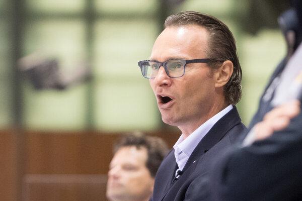 Tréner hokejistov Salzburgu Greg Poss.